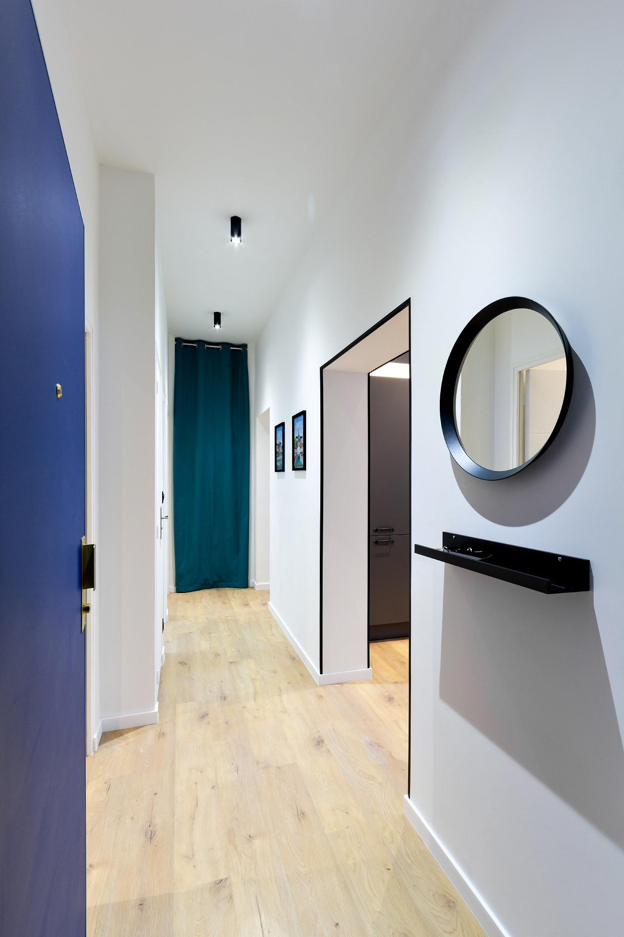 Couloir d'entrée d'une colocation Amiènoise